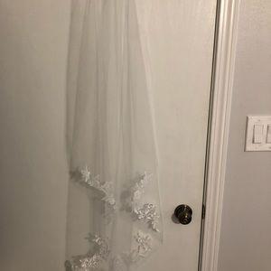 Casablanca Shipley wedding veil